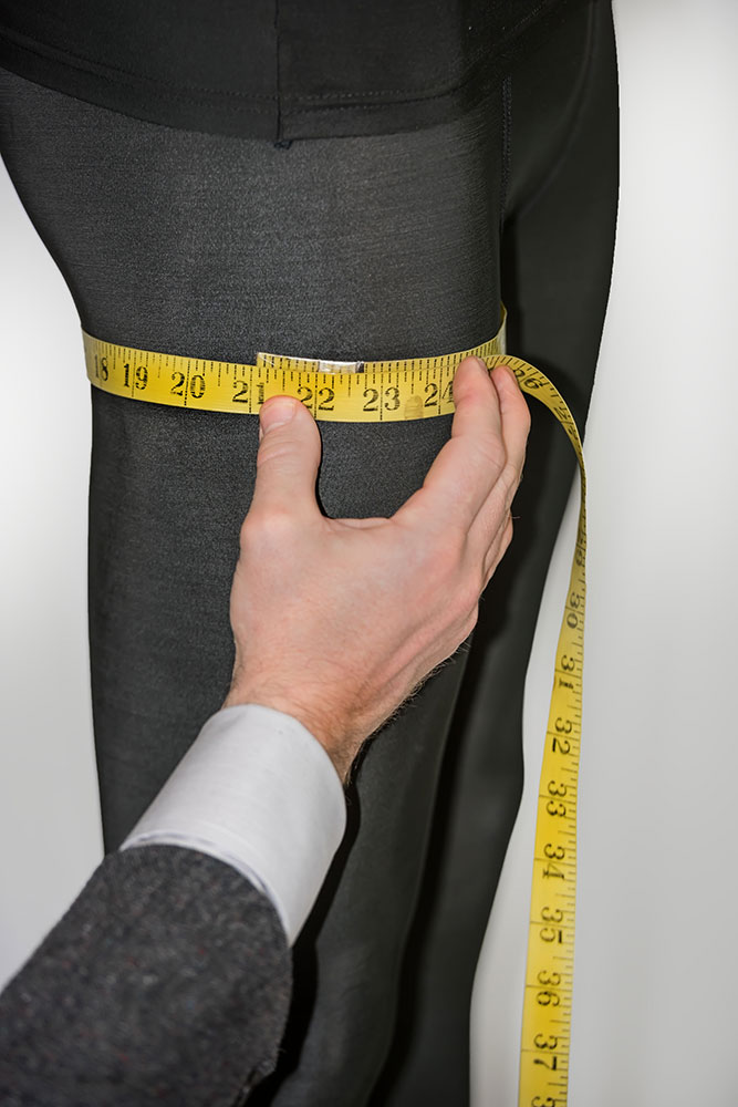how to take upper thigh measurement